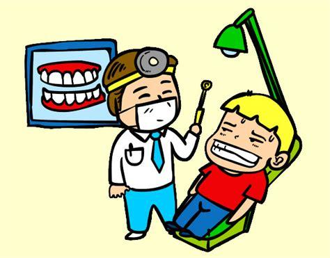 imagenes animadas odontologo dibujo de dentista con paciente pintado por queyla en
