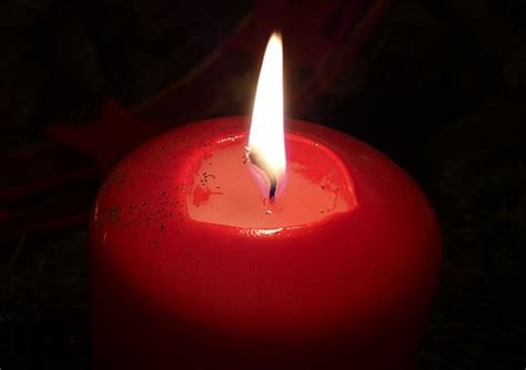 candela rossa magia incantesimi la candela delle brutte abitudini esoterya