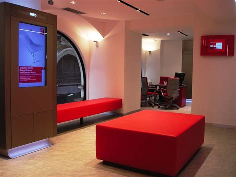 ufficio amministrativo vodafone vodafone flagship store global planning architecture