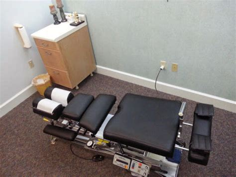 used lloyd mcmanis flexion chiropractic table for sale