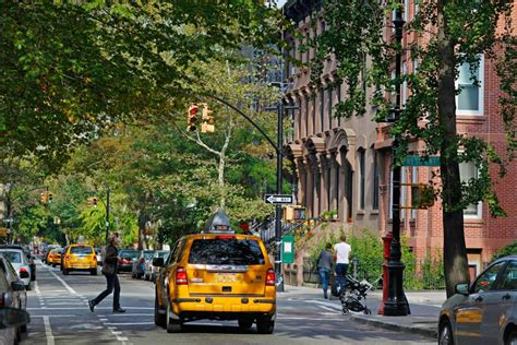 Carroll Gardens by Carroll Gardens The Official Guide To New York City