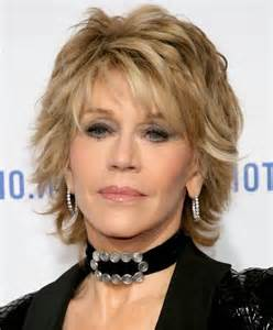 haircut for 60 year with medium length hair 9 best short haircuts for women over 40 interesting