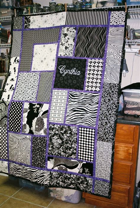 Black And White Quilt Block Patterns by Big Block Quilt Pattern For Cynthia Would This In