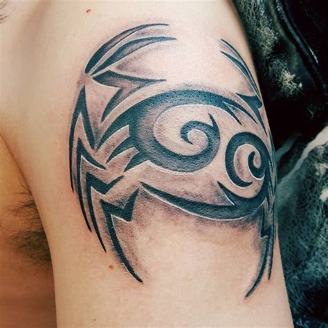 cancer zodiac tattoos for men 25 best ideas about crab on cancer