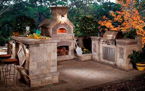 gorgeous outdoor rooms  enhance  backyard