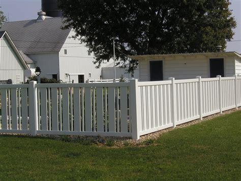 vinyl fencing vinyl by design