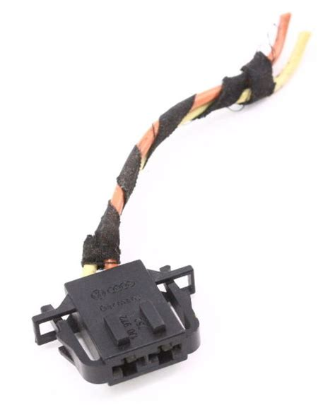 blower fan motor pigtail plug connector   vw jetta