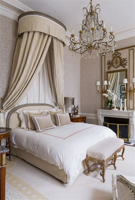paris style bedroom best 25 parisian bedroom ideas on pinterest parisian