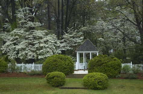 Lucky Garden Colonial Heights Va by Colonial Herb Garden Norfolk Botanical Garden
