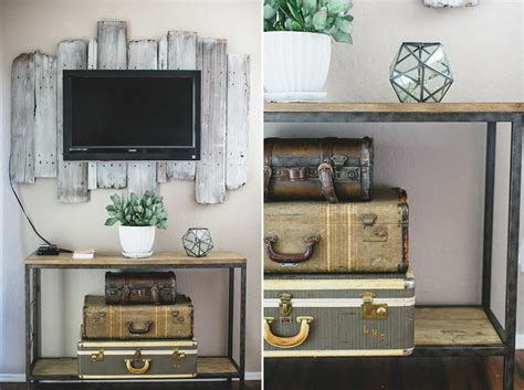 tips  decorating   mounted tv