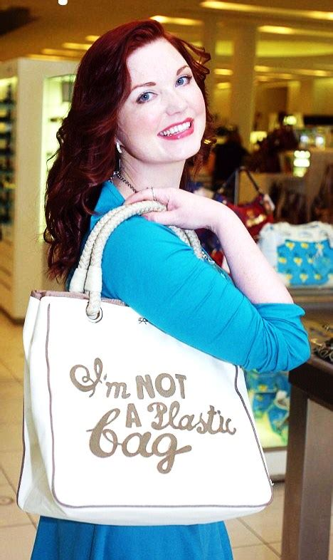 Anya Hindmarchs Im Not A Plastic Bag Bag by Anya Hindmarch I M Not A Plastic Bag 20 Cult Fashion
