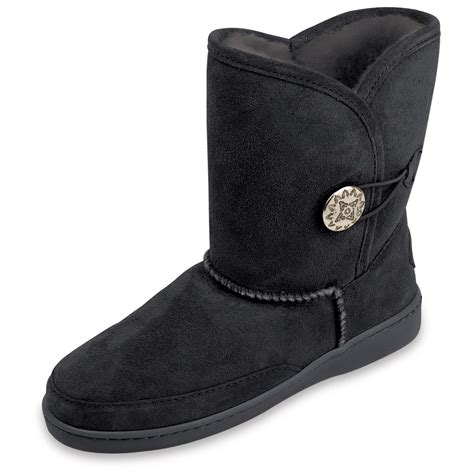 pugs boots s minnetonka 174 side button classic pug boots 209311 casual shoes at sportsman