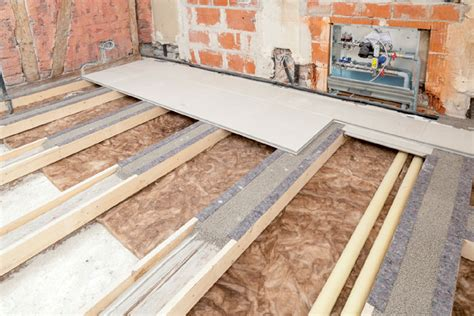 Alte Holzdecke Sanieren by Sanierung Altbau Balkendecke Knauf Gifafloor Presto