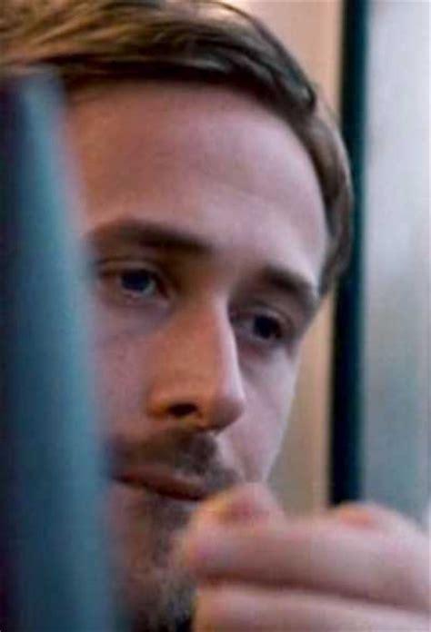 gosling foto blue 32 de 54
