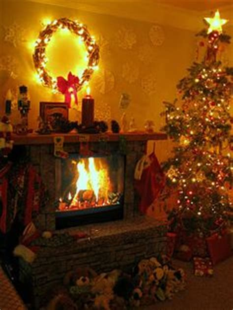 Yuletide Fireplace Channel by 1000 Images About Cardboard Fireplaces On