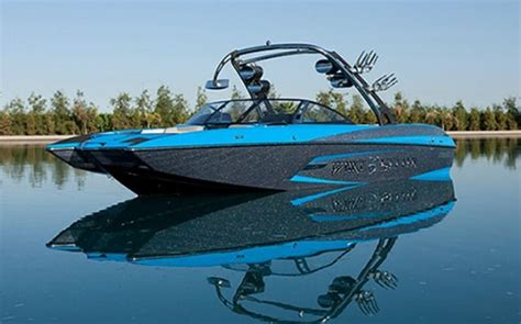 malibu boats hiring 2015 malibu wakesetter yes and yes vision pinterest
