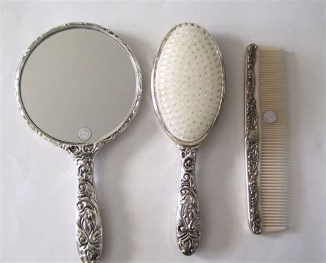 4 Sets Of Mirror And Comb Tendon 4 Set Sisir U685 46 best vanity sets images on mirrors dressing tables and vanity
