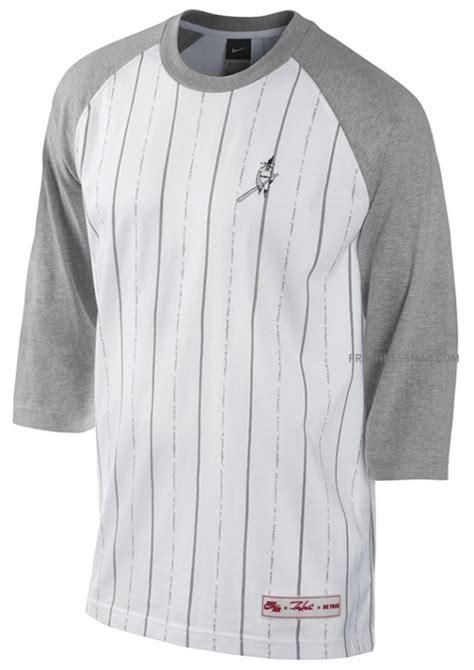 T Shirt Kaos Nike Yankees Baseball nike sportswear x futura ny yankees be true stadium