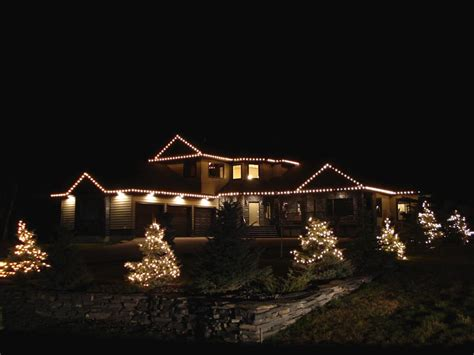 professional christmas light installation assiniboine
