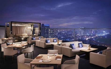 top bars in mumbai 10 romantic beach restaurants in mumbai for dinner date