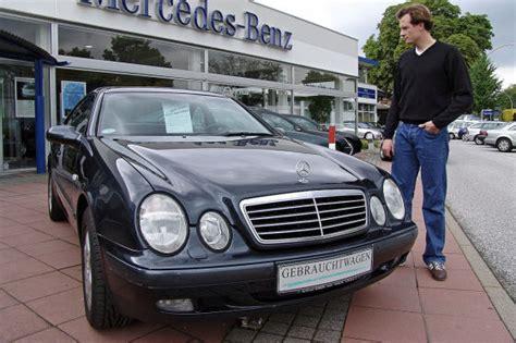 Kaufvertrag Auto 14 Tage by Ihr Recht Beim Autokauf Autobild De