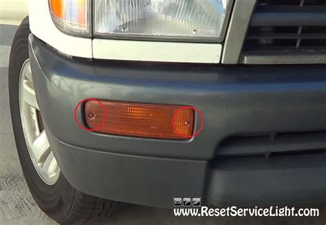 Maintenance Light On Toyota 4runner How To Change The Front Turn Signal Assembly On Toyota