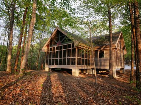 cabin in 8 fantastic cabins in south carolina state parks