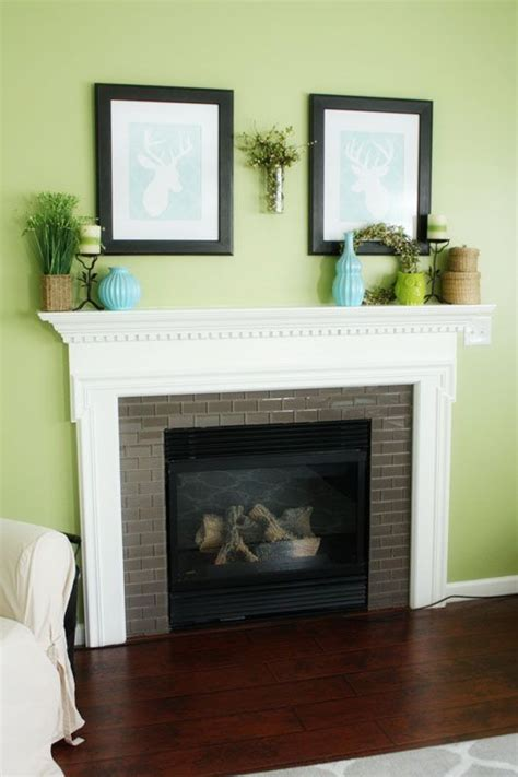 Paint Colors For Family Room With Fireplace by 1000 Ideas About Light Green Paints On Home