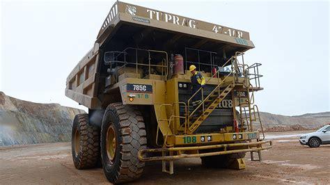 dev kaya kamyonunun kadin operatoerue