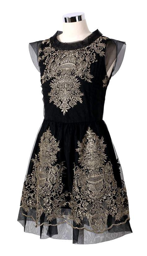 Minimal Embroidery Tunic 94 best swan lake minimal high fashion images on