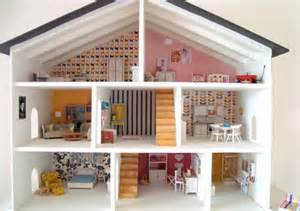 10 dollhouses as the best toys for