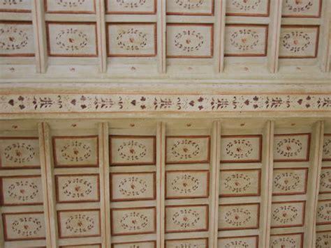 soffitti in legno decorati restauro soffitti e pareti zanello