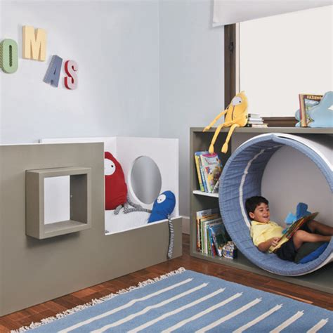 Can I Get A Window Seat - 15 awesome reading nooks for kids