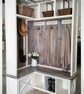 1000 ideas about mud rooms on laundry