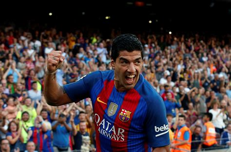 barcelona chief expects luis suarez  sign  deal