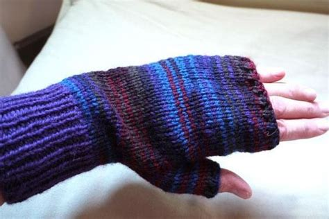 knitting pattern for gloves on two needles fingerless mitts knitting and names on