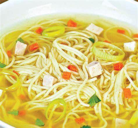 supa de pui cu fidea retete culinare romanesti  din