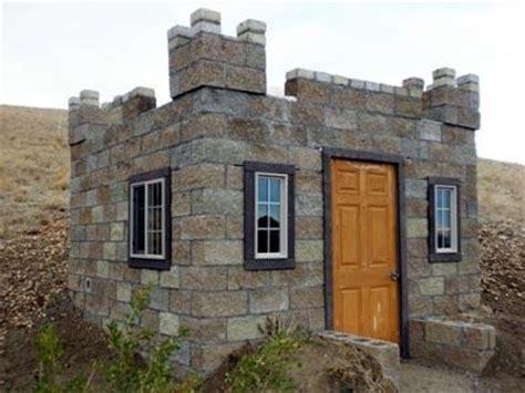 Tiny Castle House ? Tiny House Pins