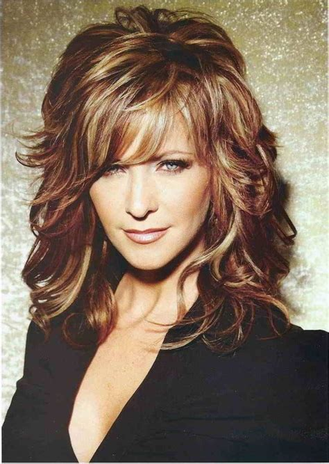 shoulder length layered curly haircuts with front and back pictures 25 best ideas about medium length layered hairstyles on