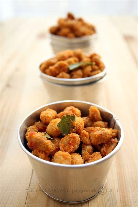 Minyak Goreng Aroma singkong goreng aroma bawang khokom go