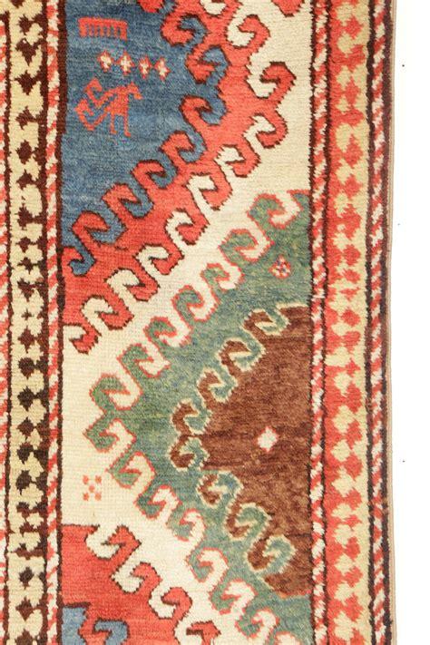 tappeto caucasico tappeto caucasico kasak bordjalou xix secolo tappeti