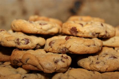 happy national chocolate chip cookie week