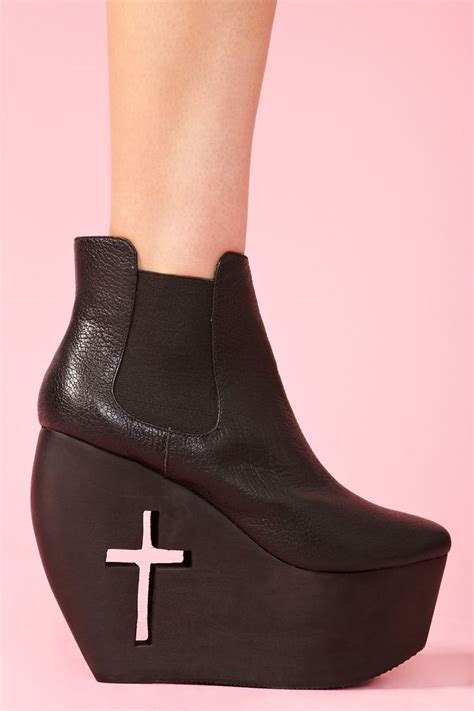 Mba Boot by 1000 Images About Painfully Obsessed On