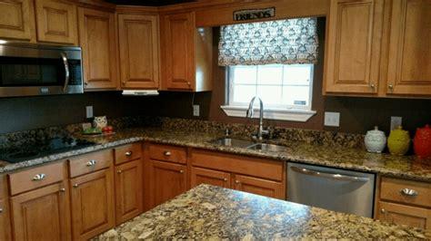 Portofino Gold Granite Kitchen   Project Details And Pictures