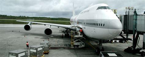 universal freight movers sea cargo air cargo muradabad delhi mumbai india