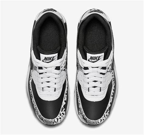 black and white pattern nikes nike air max black and white pattern