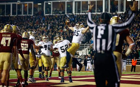 notre dame end of game song lyrics troy niklas 85 of the notre dame fighting irish