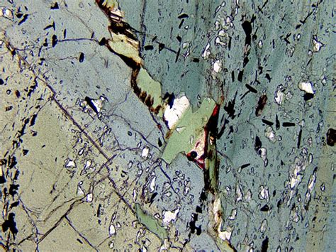 phyllite in thin section metamorphic minerals
