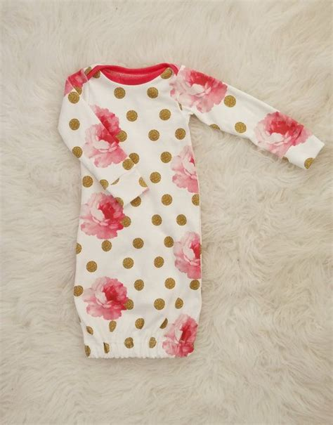 Newborn Sleeper Gowns by 25 Best Ideas About Baby Sleep On Baby Not