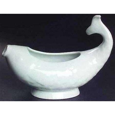 gravy boat shaped like a boat fish shaped gravy boat ceramics inspiration pinterest